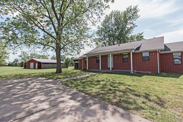 Traditional,Ranch, House - Gravette, AR (photo 3)