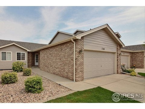 1 Story/Ranch, Attached Dwelling - Greeley, CO