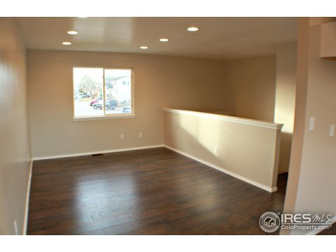 Residential-Detached, Bi-Level - Evans, CO (photo 4)