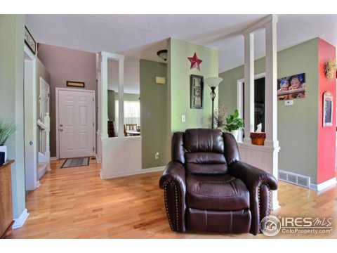 Residential-Detached, 2 Story - Eaton, CO (photo 3)