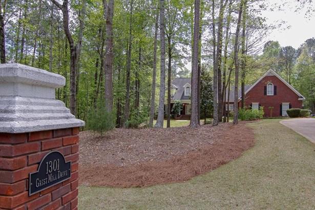 1301 Grist Mill Dr, Phenix City, AL - USA (photo 2)