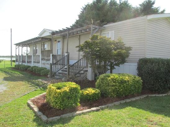 204 Edgewater Court, Cape Carteret, NC - USA (photo 1)