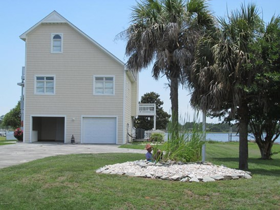 110 Hickory Nut Court, Newport, NC - USA (photo 1)