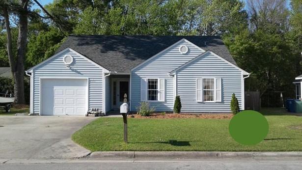 2916 Mandy Lane, Morehead City, NC - USA (photo 1)