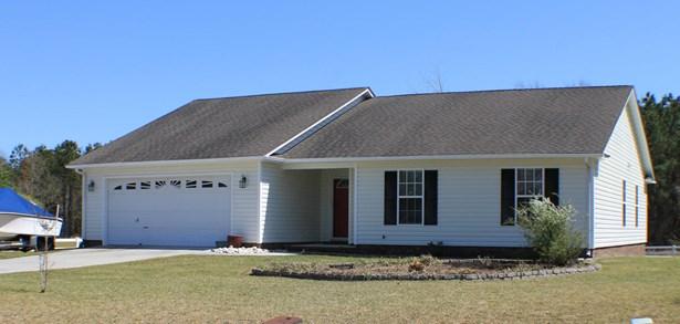 301 Clam Digger Court, Swansboro, NC - USA (photo 1)