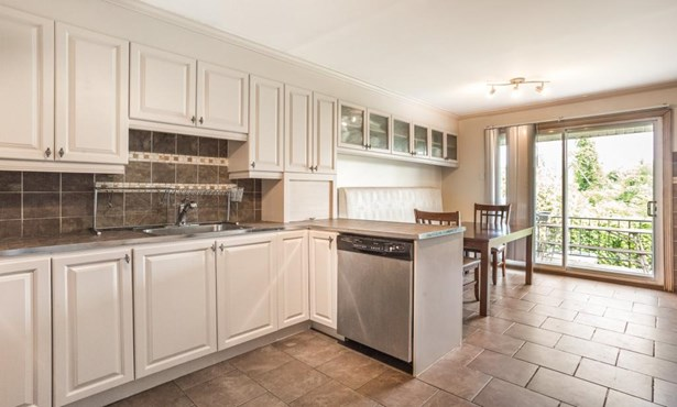 5584 Av. Castlewood, Cote-saint-luc, QC - CAN (photo 2)