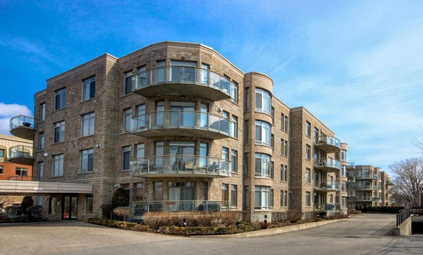 145 Av. Cartier 102, Pointe-claire, QC - CAN (photo 1)