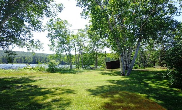 277 Ch. Des Amarantes, Lantier, QC - CAN (photo 4)