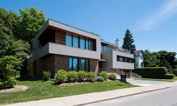 91 Crois. Summit, Westmount, QC - CAN (photo 2)