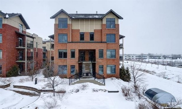 3100 Rue Des Francs-bourgeois, Boisbriand, QC - CAN (photo 1)