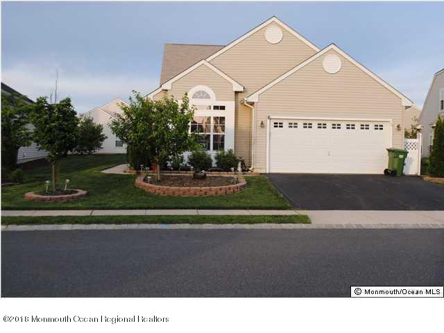 Detached,Lower Level,Other - See Remarks,Upper Level - Adult Community,Detached (photo 1)