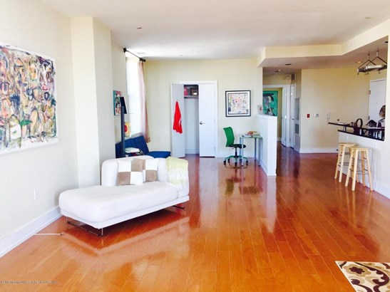 Condominium,Condominium, One Level Unit,Upper Level - Asbury Park, NJ (photo 4)