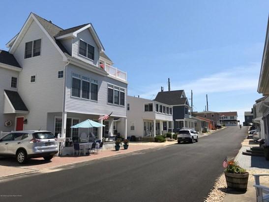 Colonial,Custom,Shore Colonial, Single Family,Detached - Lavallette, NJ (photo 1)
