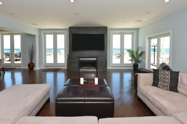 Condominium,Condominium, Other - See Remarks,Upper Level - Seaside Heights, NJ (photo 4)
