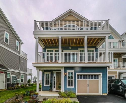 Condominium,Attached, Attached,End Unit - Highlands, NJ (photo 1)