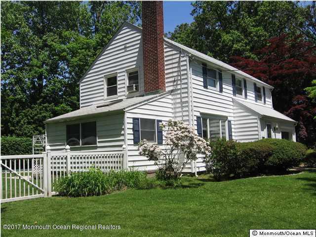 Colonial, Single Family - Fair Haven, NJ (photo 3)