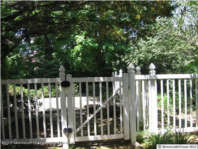 Colonial, Single Family - Fair Haven, NJ (photo 5)