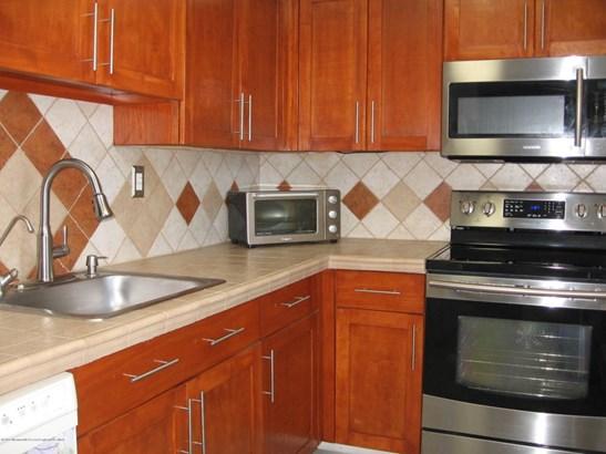 Condominium,Condominium - Lower Level,One Level Unit,Other - See Remarks (photo 4)