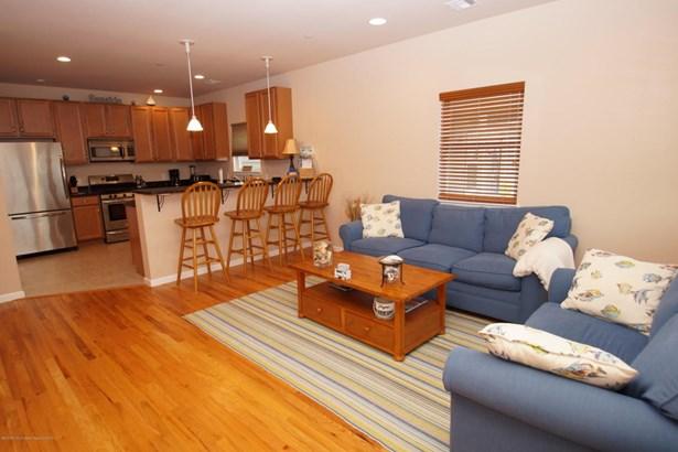 Condominium,Condominium, Middle Level,One Level Unit - Seaside Heights, NJ (photo 2)