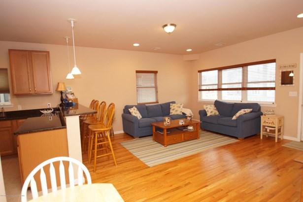 Condominium,Condominium, Middle Level,One Level Unit - Seaside Heights, NJ (photo 3)