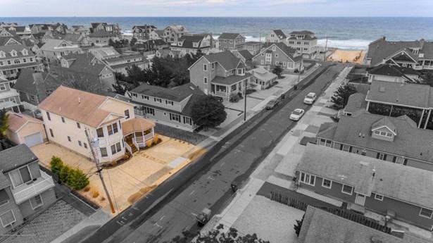 Single Family,Detached, Shore Colonial - Mantoloking, NJ (photo 1)