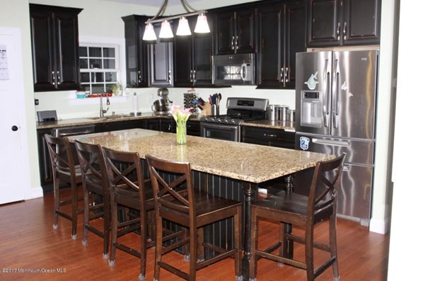 Contemporary,Custom,Other - See Remarks - Single Family,Detached (photo 3)