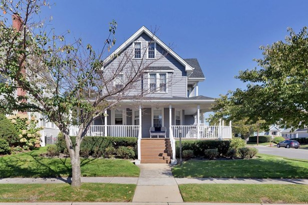 Single Family,Detached, Shore Colonial - Avon-by-the-sea, NJ (photo 3)