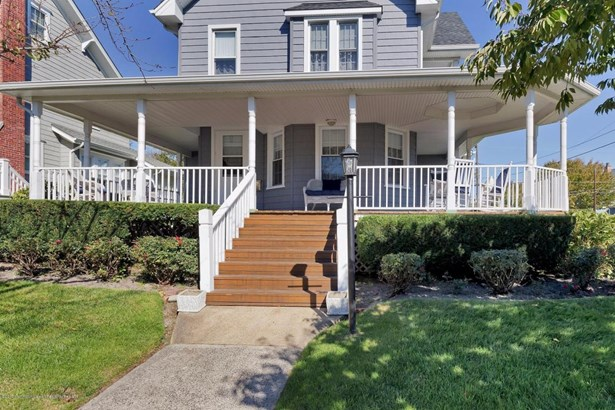 Single Family,Detached, Shore Colonial - Avon-by-the-sea, NJ (photo 5)