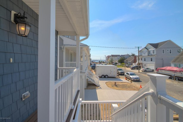 Colonial,Custom,Shore Colonial, Single Family,Detached - Bayville, NJ (photo 4)