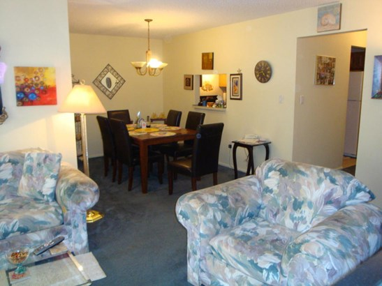 Condominium,Attached, Attached,Lower Level,One Level Unit - Tinton Falls, NJ (photo 5)