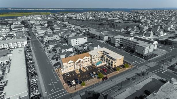 Condominium,Condominium, Attached,End Unit,Upper Level - Seaside Heights, NJ