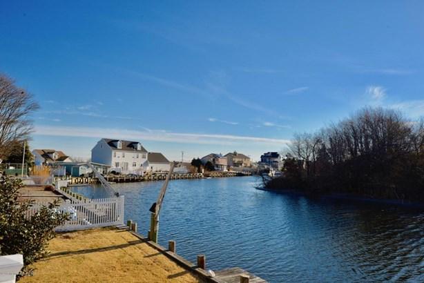 Cape,Raised Ranch, Single Family,Detached - Lanoka Harbor, NJ (photo 3)