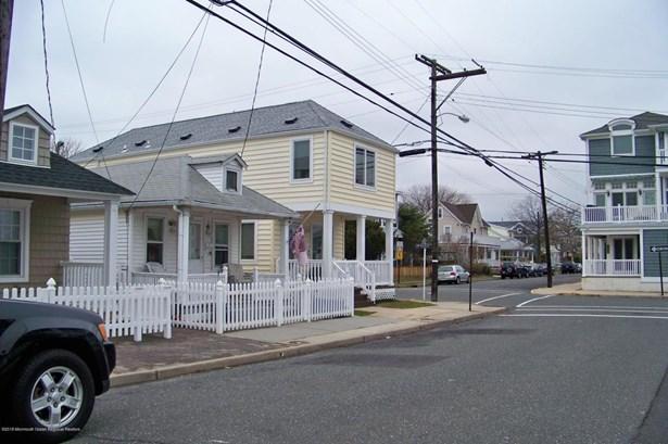 Cottage/Bungalow, Single Family - Bradley Beach, NJ (photo 1)