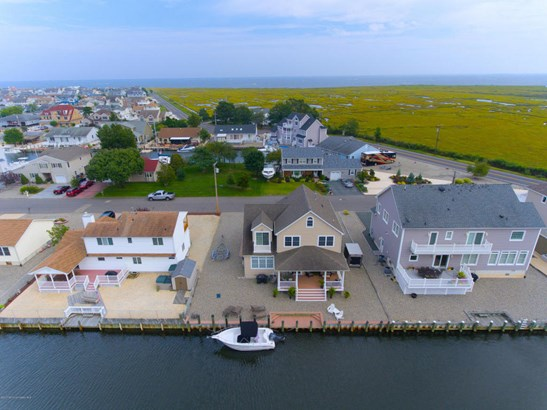 Single Family,Detached, Shore Colonial - Forked River, NJ (photo 3)