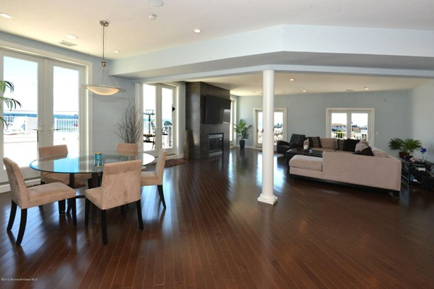 Condominium,Condominium, Other - See Remarks,Upper Level - Seaside Heights, NJ (photo 2)