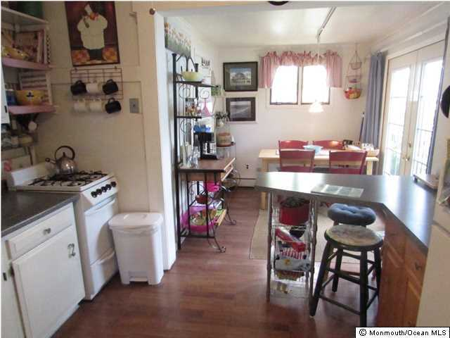 Cottage/Bungalow, Single Family - Avon-by-the-sea, NJ (photo 3)