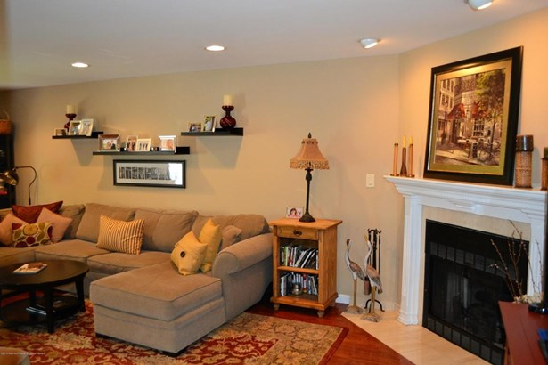 Condominium,Townhouse, Attached,Townhouse - Little Silver, NJ (photo 4)