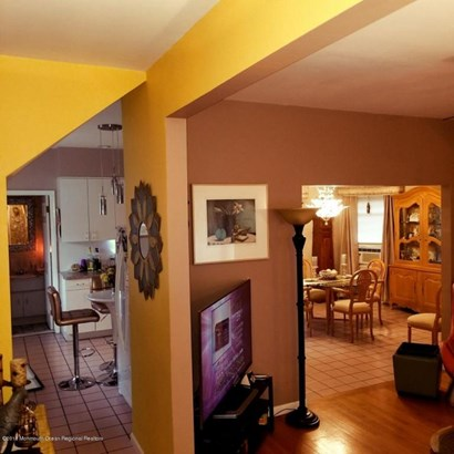 Colonial, Single Family,Detached - Bergenfield, NJ (photo 2)