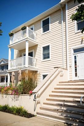 Condominium,Condominium, Detached,End Unit,One Level Unit - Bradley Beach, NJ