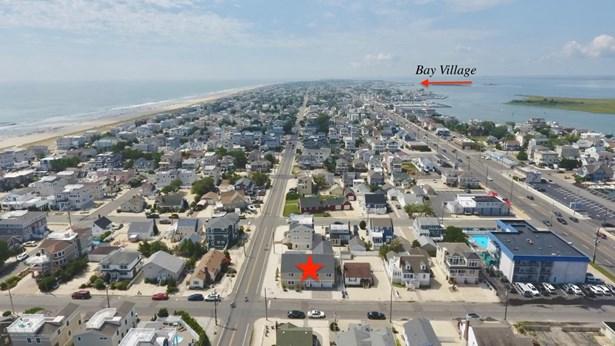 Contemporary, Single Family,Detached - Long Beach Twp, NJ (photo 2)