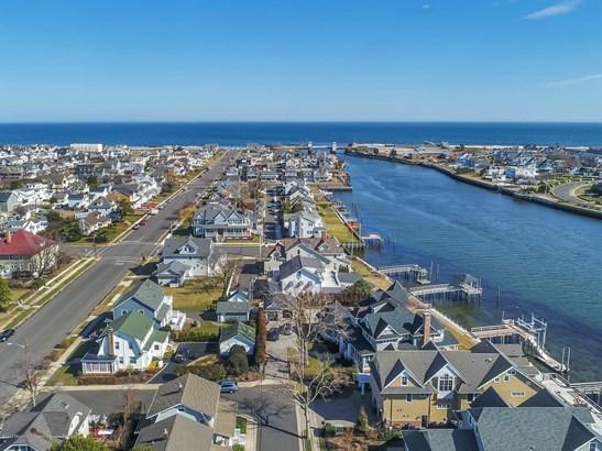 Custom,Shore Colonial, Single Family,Detached - Avon-by-the-sea, NJ (photo 4)
