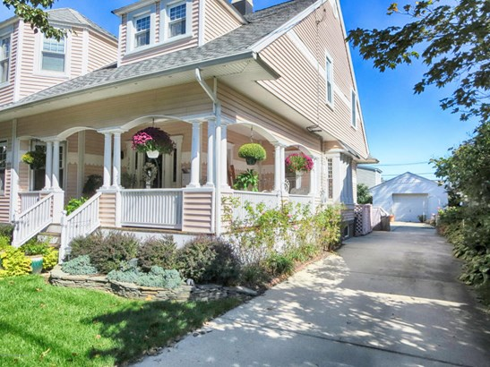Victorian, Single Family,Detached - Point Pleasant Beach, NJ (photo 3)