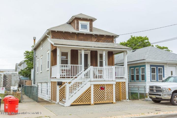 Single Family,Detached, Shore Colonial - Seaside Heights, NJ (photo 1)
