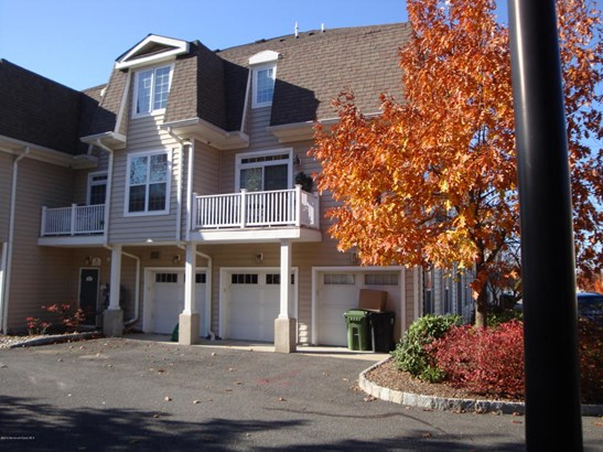 Condominium,Townhouse, End Unit,Townhouse - Middletown, NJ (photo 3)