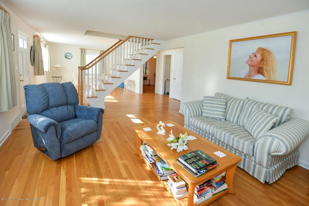 Cape, Single Family,Detached - Sea Girt, NJ (photo 4)