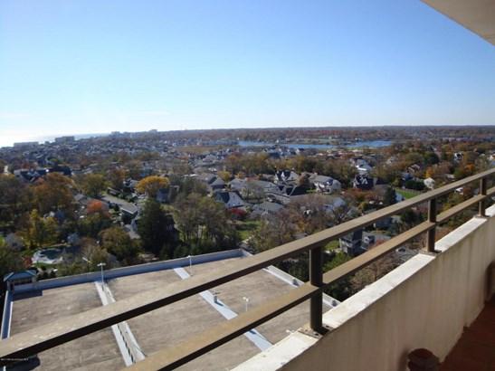 Condominium,Condominium, High Rise,One Level Unit - Monmouth Beach, NJ (photo 4)