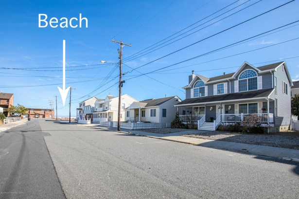 Colonial, Single Family,Detached - Ortley Beach, NJ (photo 2)