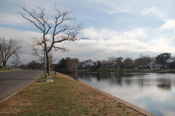 Colonial, Single Family,Detached - Bradley Beach, NJ (photo 4)