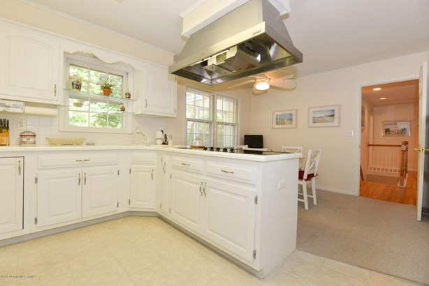 Expanded Ranch,Ranch, Single Family,Detached - Brielle, NJ (photo 4)