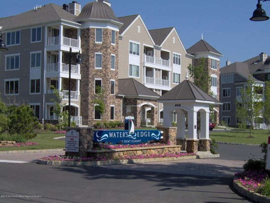 Condominium,Attached, End Unit,One Level Unit - Point Pleasant, NJ (photo 1)